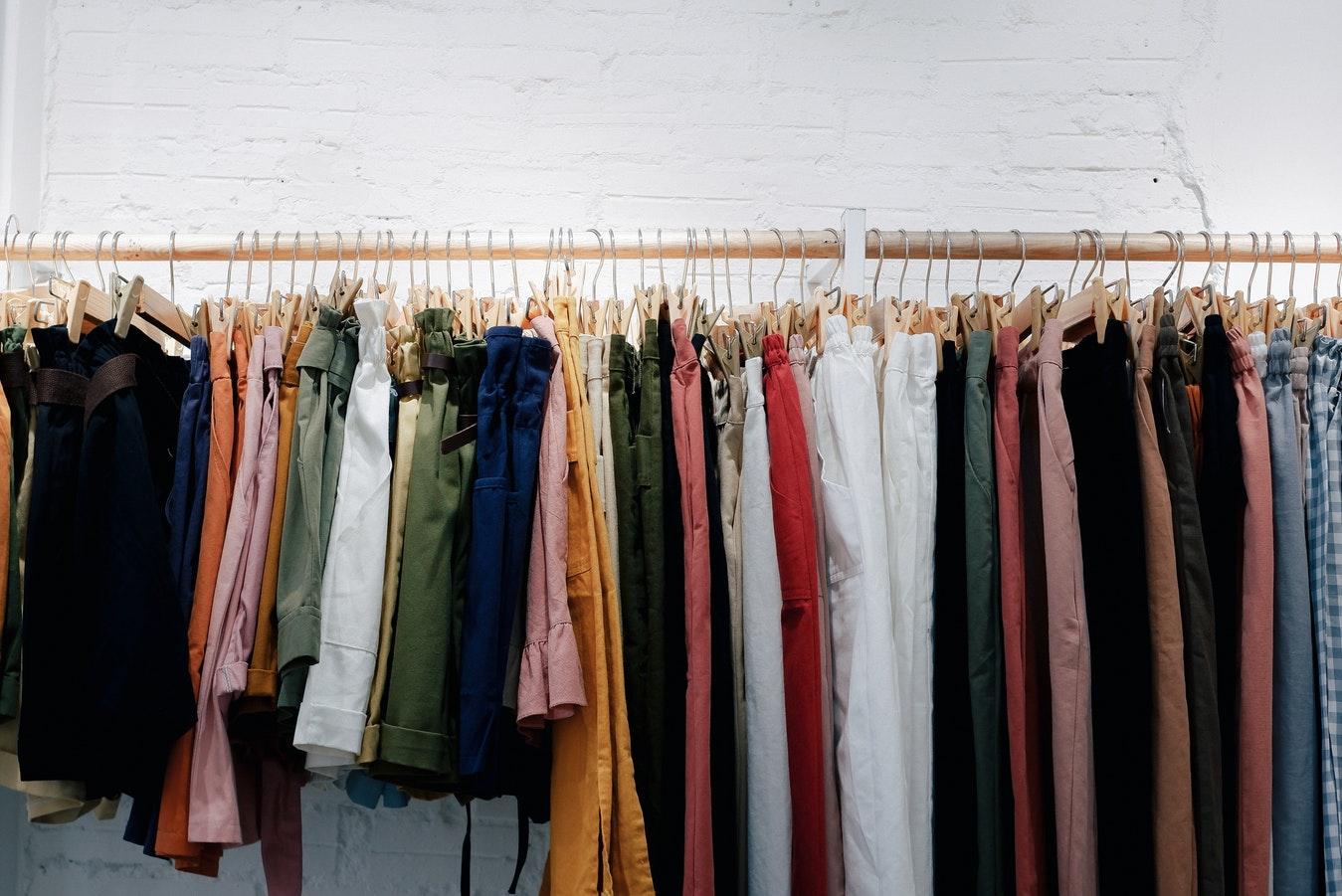 ef7e2789de971b ᐈ Сток оптом из Европы, купить стоковую брендовую одежду ...